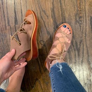 Lucky Brand tan tie up sandals